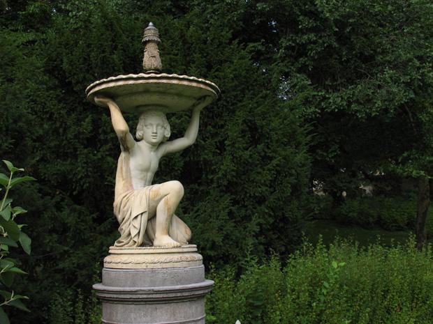 """""""Brunnen mit Gefäßschulterndem Knaben"""", boy sculpture by Friedrich Wilhelm Dankberg. Schlosspark Glienicke, Potsdam. Photo by Karl Andersson."""