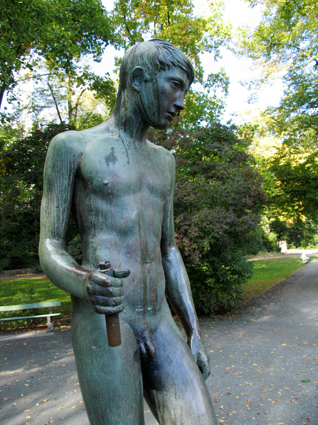 Der Speerträger, boy sculpture by Bernhard Bleeker, 1940. Lietzenseepark, Berlin. Photo by Karl Andersson.