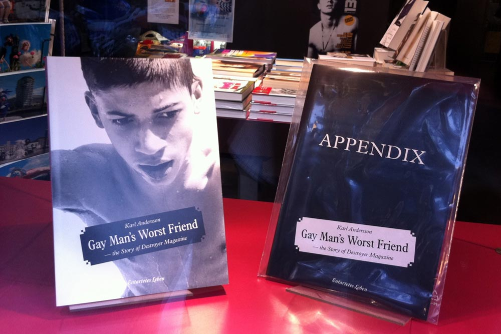 Gay Man's Worst Friend in the window display of the bookshop Männerschwarm, Hamburg.