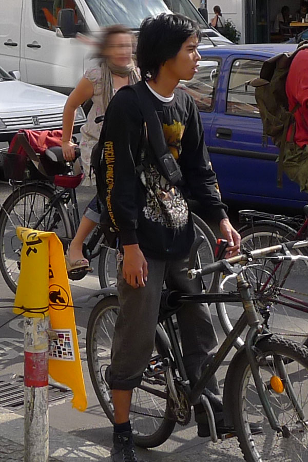 slim_asian_bicycle_boy_60